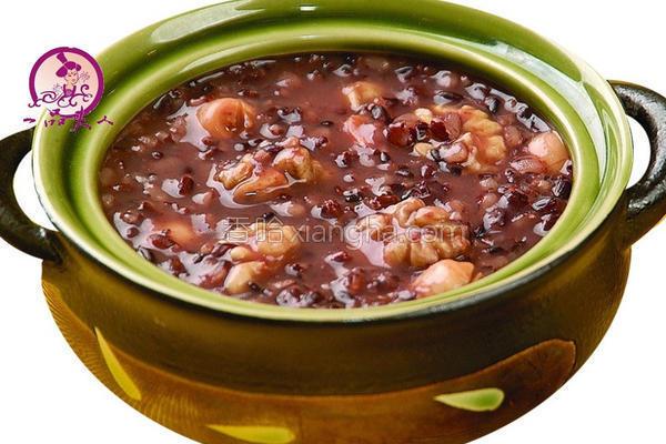 红豆紫米粥的做法