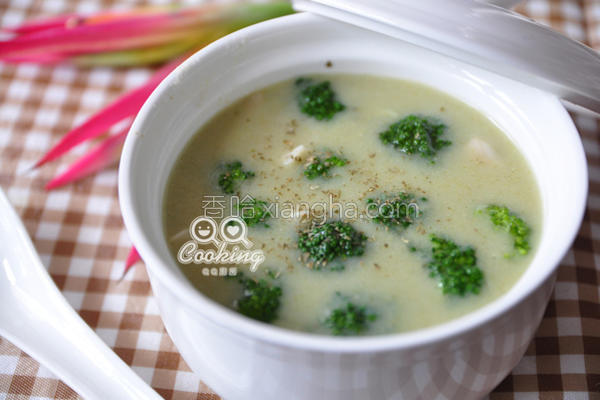 菱角花椰浓汤的做法