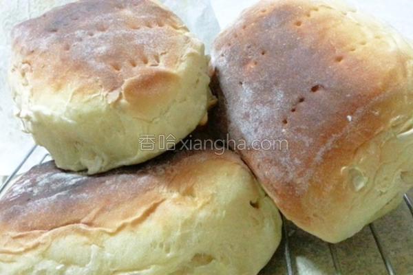 坚果牛奶面包的做法