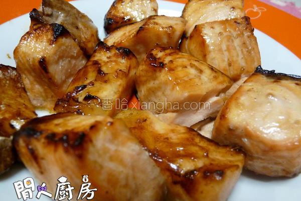 酱汁烤三文鱼的做法