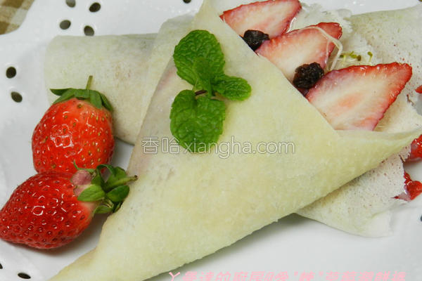 爱炼草莓润饼卷的做法