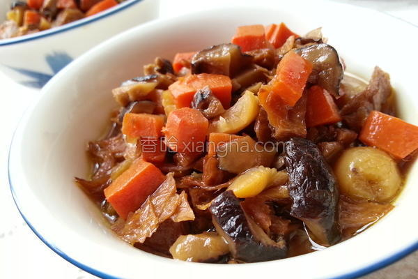 腌瓜香菇素燥的做法