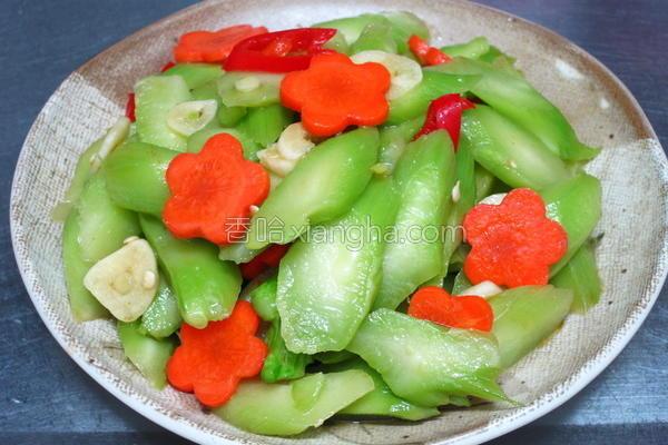 凉拌花椰菜梗的做法