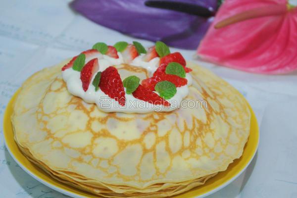 草莓法式千层薄饼的做法