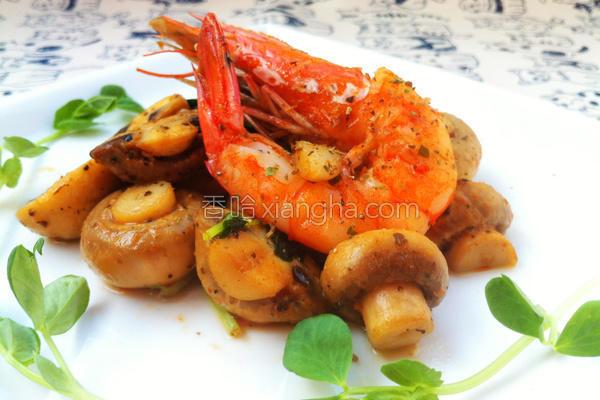 意式白虾炒蘑菇的做法