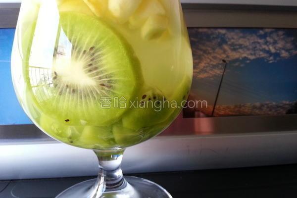 水果轻轻柠檬饮的做法