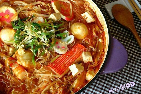 韩式泡四季豆腐锅的做法