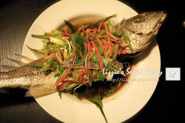 清蒸翡翠黄花鱼的做法