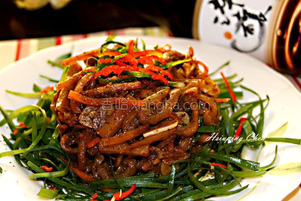 辣味酸笋鱼肚丝的做法