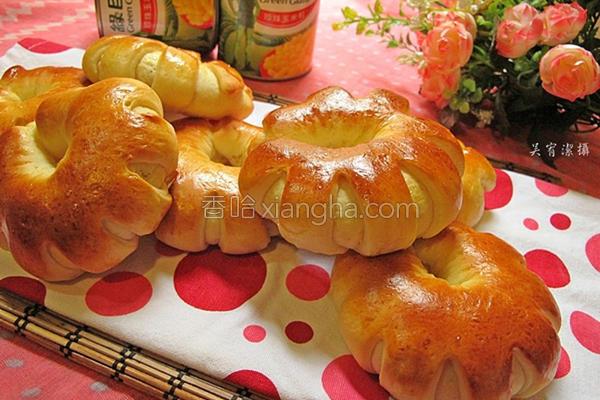 鲔鱼玉米花型面包的做法