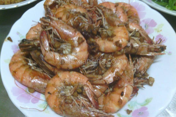 蒜头胡椒虾的做法