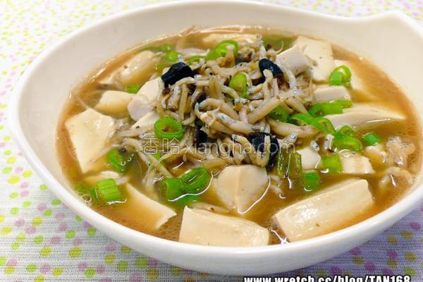 豉葱小鱼烧豆腐的做法