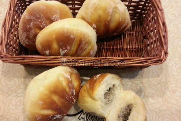 芝麻乳酪面包的做法
