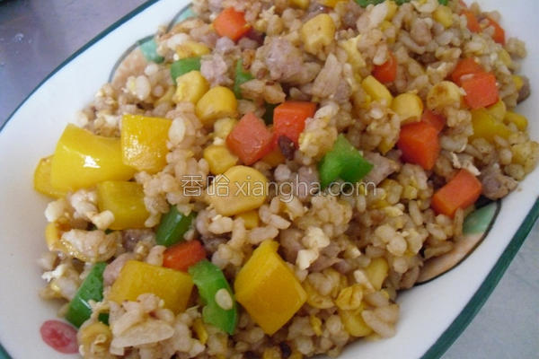 彩椒玉米炒饭的做法