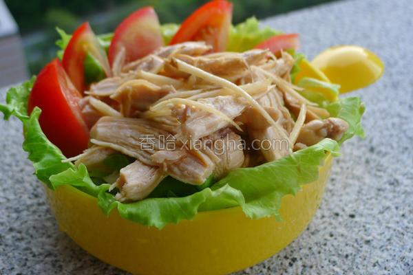 鸡丝鲜蔬温沙拉的做法