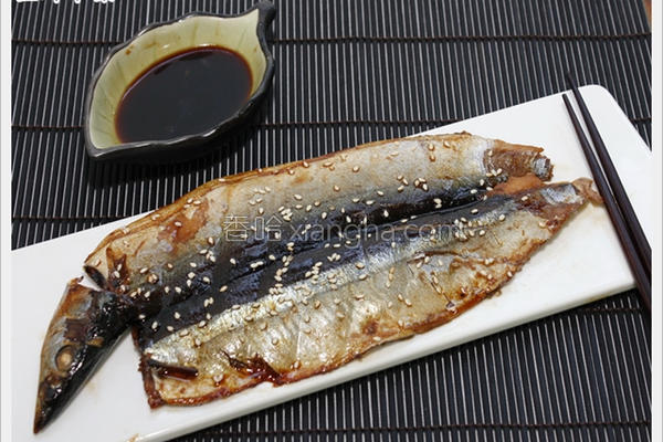 蒲烧秋刀鱼的做法