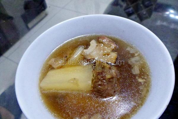 菜头排骨酥汤的做法
