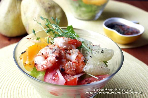 风柚香鲜虾沙拉的做法