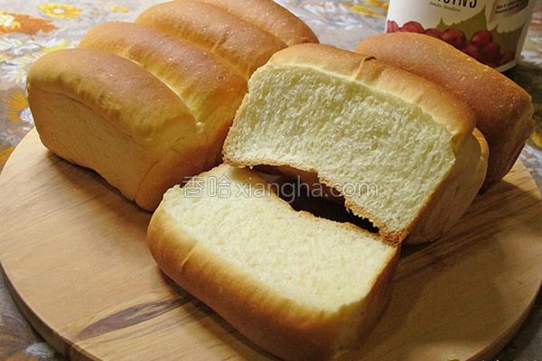 牛奶面包的做法