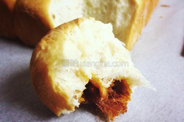 泰式辣椒肉松餐包的做法