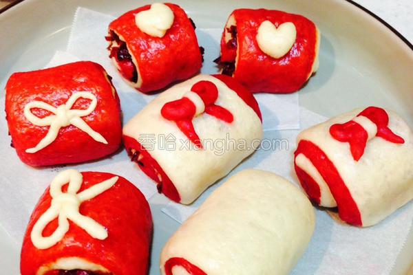 甜菜根蔓越莓馒头的做法