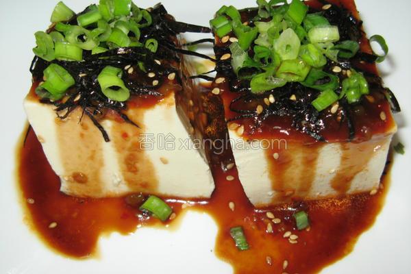 梅酱拌冷豆腐的做法