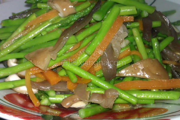 木耳香菇彩芦的做法