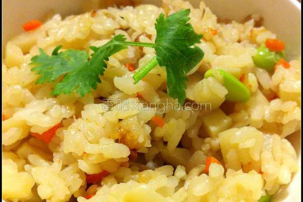 风鲜菇竹笋炊饭的做法