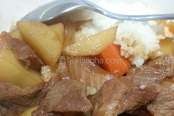 马铃薯炖牛肉
