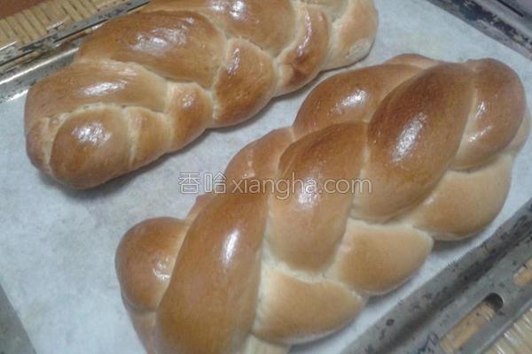 香香辫子面包的做法