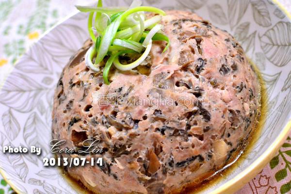 镜头梅干笋蒸肉的做法