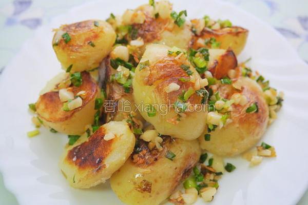 葱烧洋芋的做法