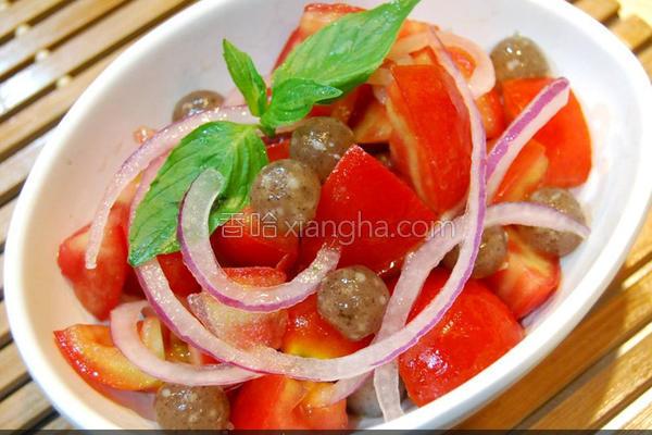 黑Q番茄洋葱沙拉的做法