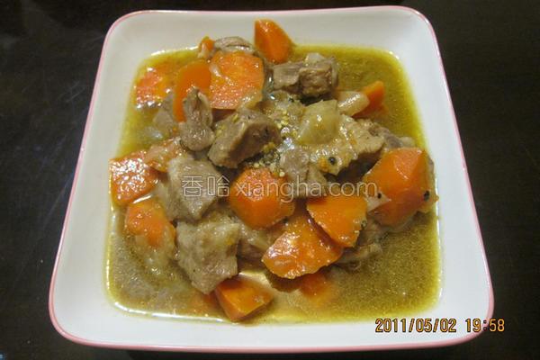 红萝卜炖肉的做法