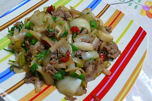洋葱炒肉片的做法