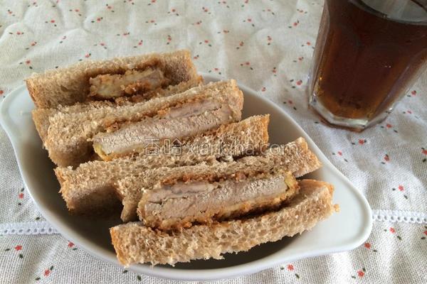 胜利猪排三明治的做法