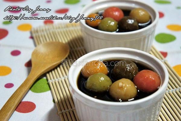黑糖姜汁五彩汤圆的做法