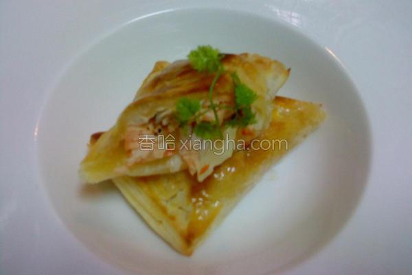 焗烤酥皮鲑鱼卷的做法