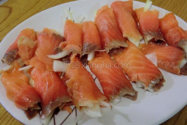 鲑鱼卷的做法