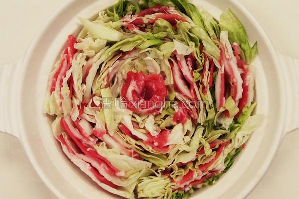 白菜猪肉锅的做法