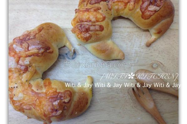 焗起司牛角面包的做法