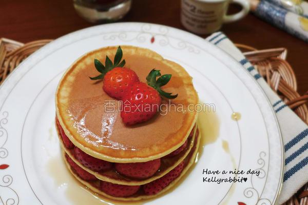 枫糖草莓松饼的做法