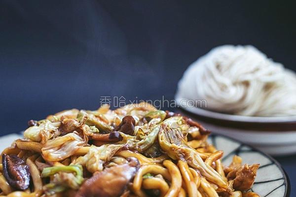 上海炒粗面的做法
