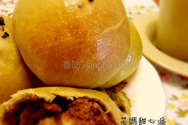 抹茶红豆餐包的做法