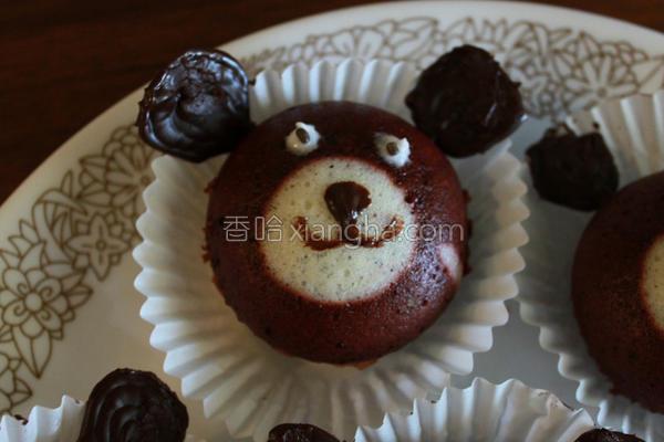 小熊巧克力蒸蛋糕的做法
