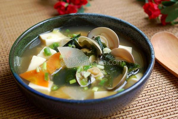 蛤蜊豆腐味噌汤的做法