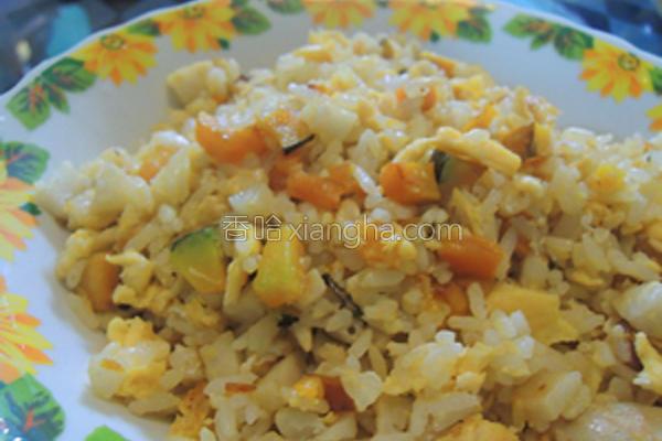 南瓜蛋炒饭的做法