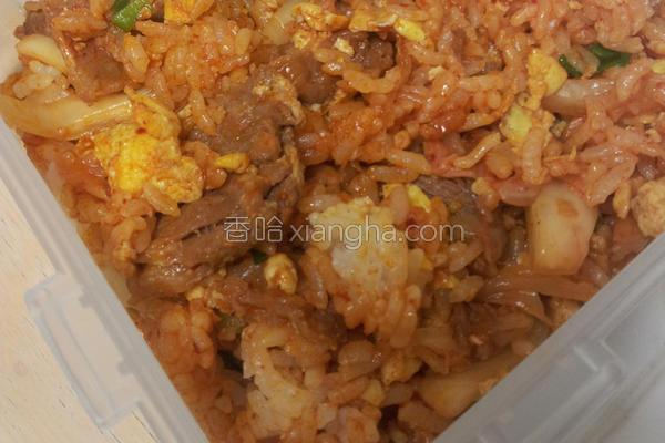 泡菜猪肉炒饭的做法