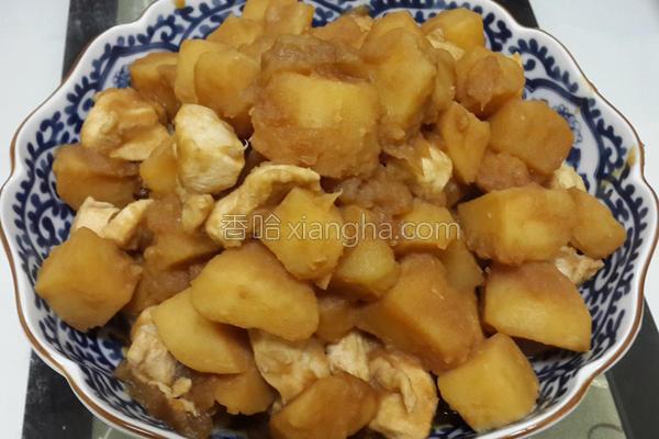马铃薯炖鸡肉的做法