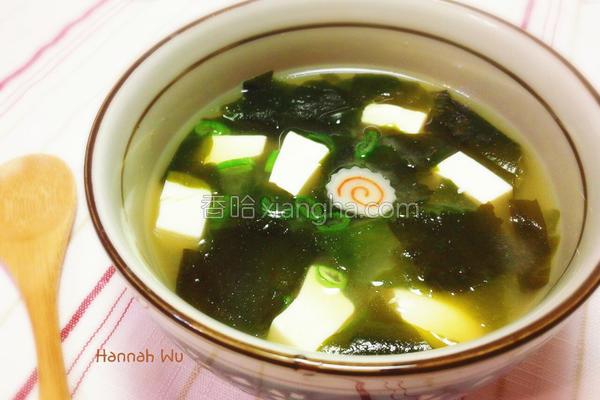 豆腐海带芽味噌汤的做法